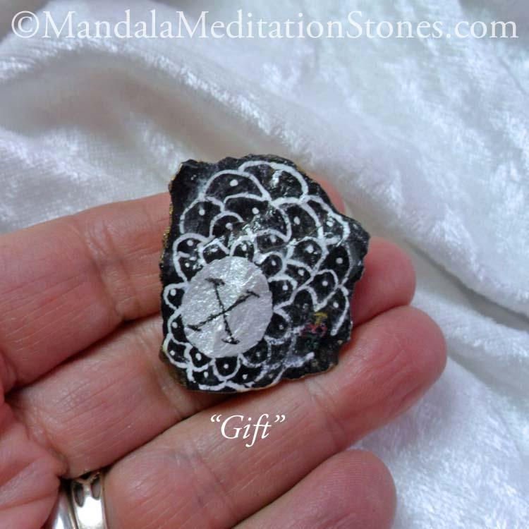 Gift Mandala Meditation Stone - The Mandala Lady - Hand painted stones